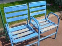 chaise bleu.JPG