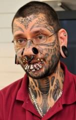tatoueur belge 2.jpg