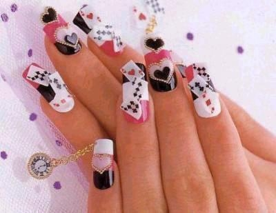 faux-ongles-poker-373701d08.jpg