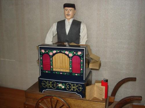 orgue f briquet.JPG