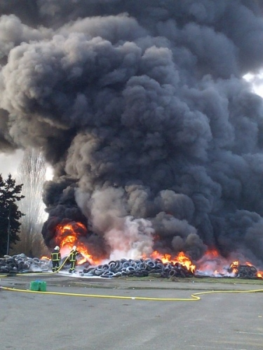 incendie-cité-administrative-450x600.jpg