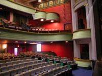 tourisme-le-granit--scene-de-theatre-nationale-19679.jpg