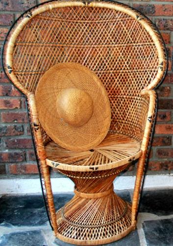 47564-fauteuil-emmanuelle-en-rotin-70-1.jpg